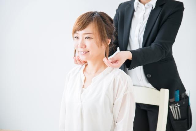 【人材のプロが徹底考察】美容師に最適なおすすめの副業とは